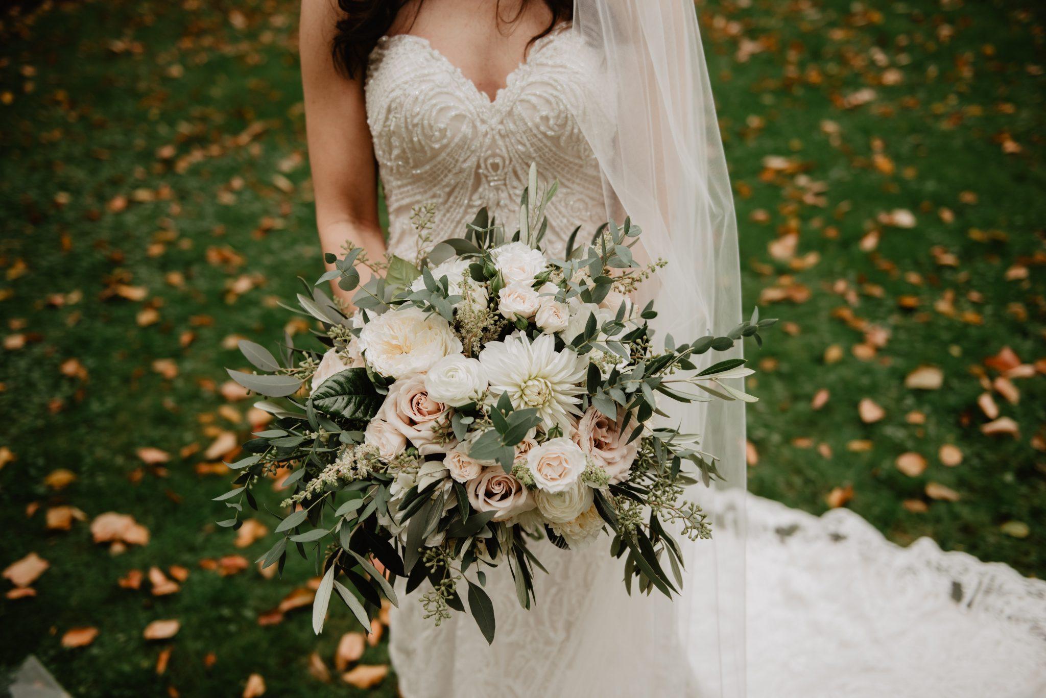 tips to pick a wedding vendor