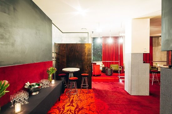 Chapel Street Function room with Free DJ